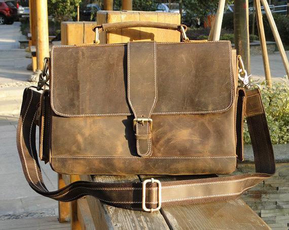 The Handmade Vintage Leather Messenger Bag | Gadgetsin