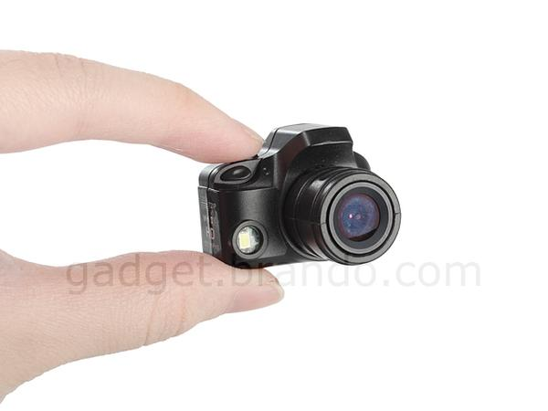 the mini camera with led flash gadgetsin. Black Bedroom Furniture Sets. Home Design Ideas