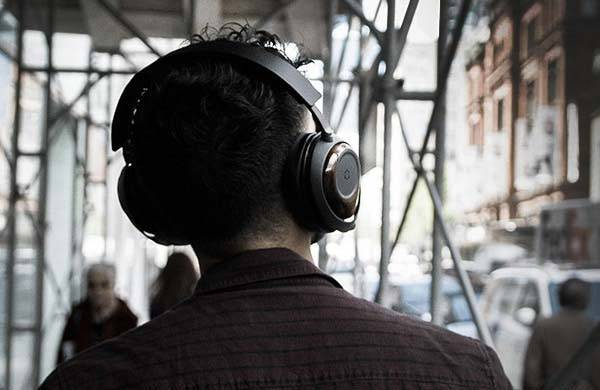 Ora Bluetooth Wireless Headphones with GrapheneQ Transducers
