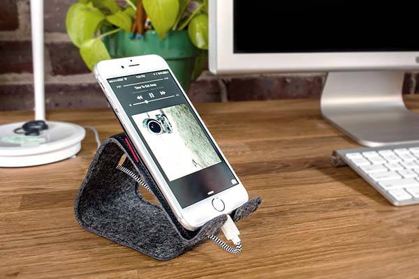 Stanley Leather Tablet and Phone Stand