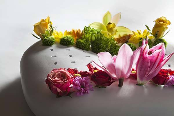 Handmade Chess Vase Displays Beautiful Flower Chess Pieces