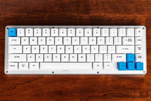 WhiteFox Programmable Mechanical Keyboard
