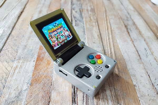 DIY Keychain-sized Mini Game Console