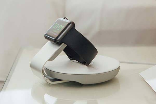 Moshi Travel Stand Apple Watch Charging Dock