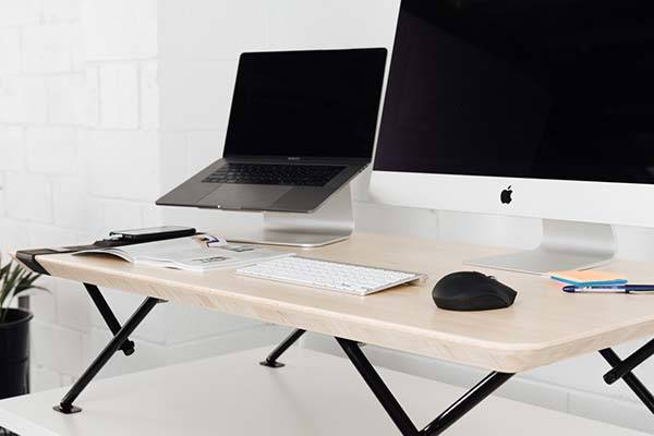 MOVI Automatic Standing Desk with Timer and USB Charger
