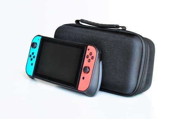 SwitchCase Nintendo Switch Case with Replaceable Ergonomic Grips