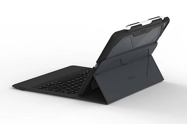 zagg_rugged_messenger_10_5_ipad_pro_keyboard_case_3.jpg