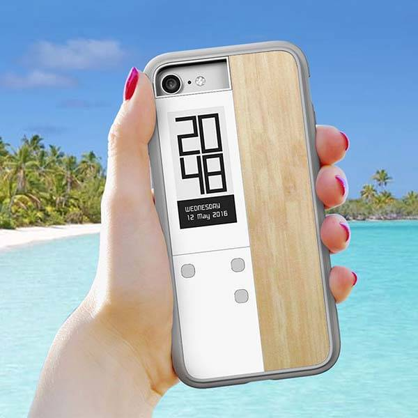 Oaxis InkCase IVY iPhone 7 Case with an E-Ink Display