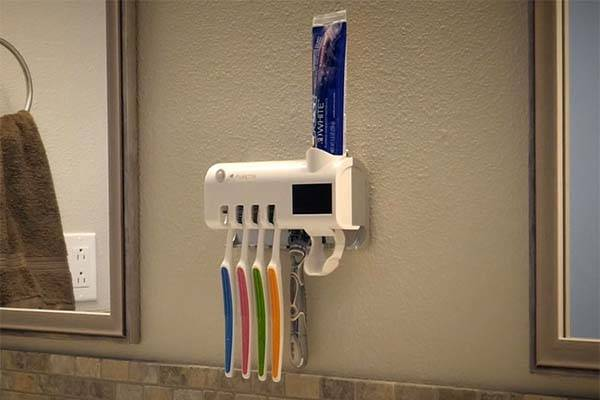 Puretta Solar Wall Mounted Toothbrush Sterilizer