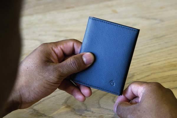 Q-TRAQ and Q-BLOQ Slim Wallets with Bluetooth Tracker or RFID