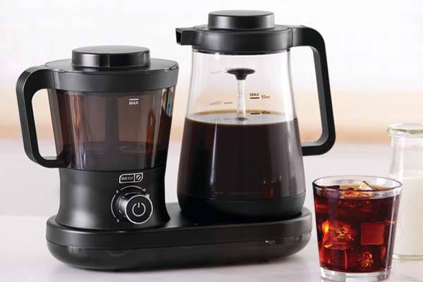 Dash Rapid Cold Brew Coffee Maker Features 5 Minute
