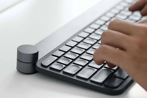 Logitech Craft Wireless Keyboard with Touch-Sensitive Input Dial