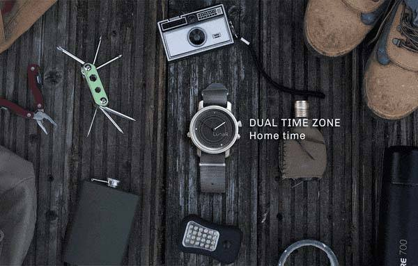 LunaR Solar Powered Smartwatch
