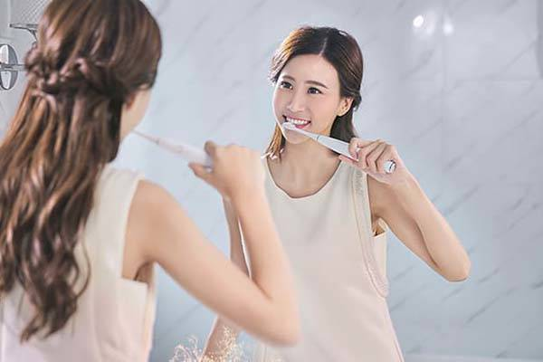 Oclean One Bluetooth Electric Sonic Toothbrush