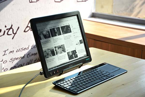Dasung Paperlike Pro E-ink Monitor with HDMI