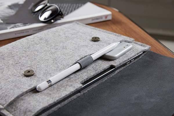 Handmade 10.5 iPad Pro Felt Sleeve with Apple Pencil Holder