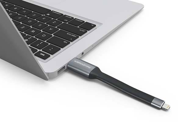 RAVPower Lightning Cable Serves as iOS USB Flash Drive