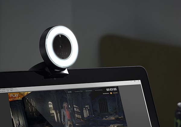Razer kiyo live stream camera with built in led ring light for Camera streaming live