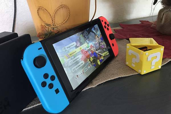 3D Printed Mario Question Block Nintendo Switch Card Holder