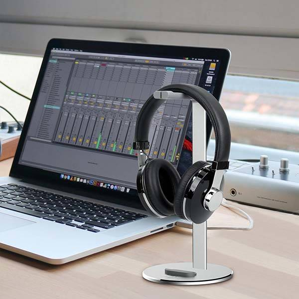 The Aluminum Headphone Stand with Integrated Tablet/ Phone Stand