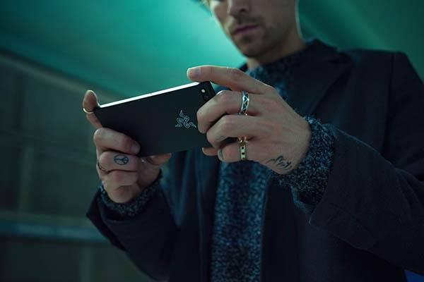 Razer Phone Android Smartphone