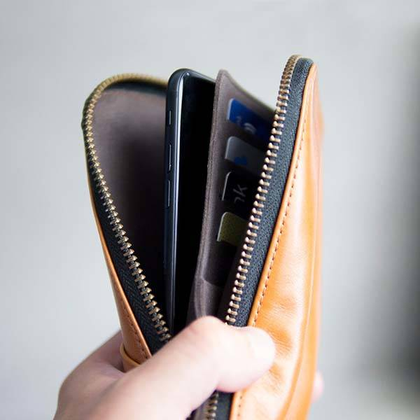 Alto Handmade Leather Travel Wallet for iPhone X, iPhone 8/8 Plus and More