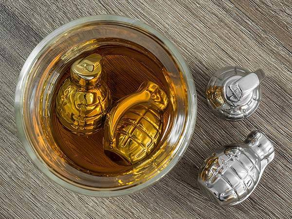 Grenade Shaped Stainless Steel Whiskey Ice Cubes