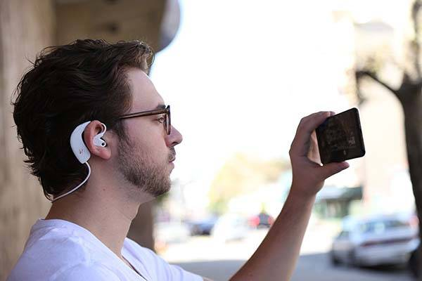 Hooke Verse Bluetooth Headphones with 3D Audio Microphones height=