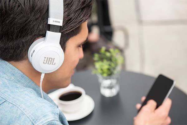 JBL E45BT Bluetooth Over-Ear Headphones