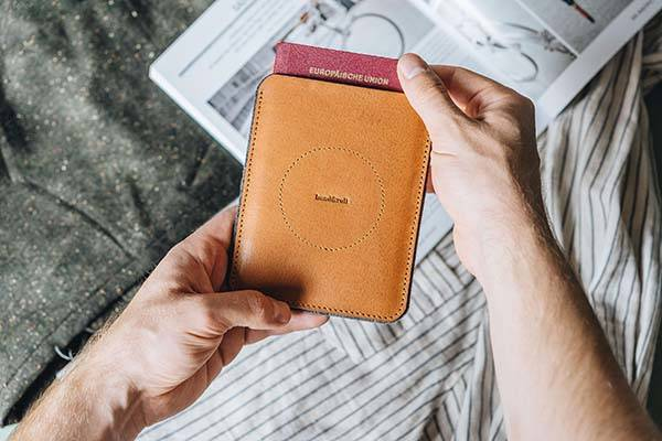 Porte Handmade Slim Leather Passport Wallet