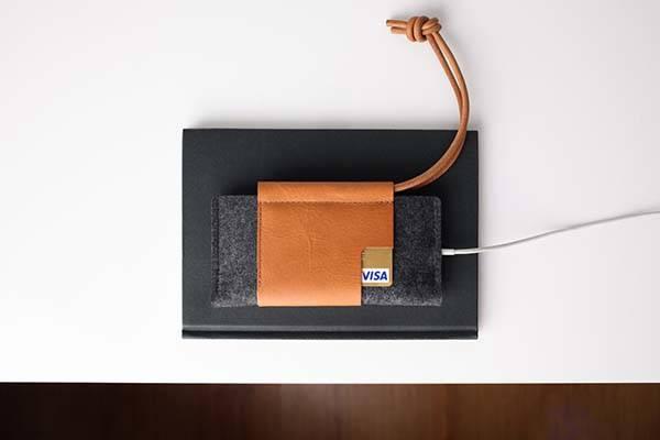 Loop Handmade iPhone 8/8 Plus Leather Wallet