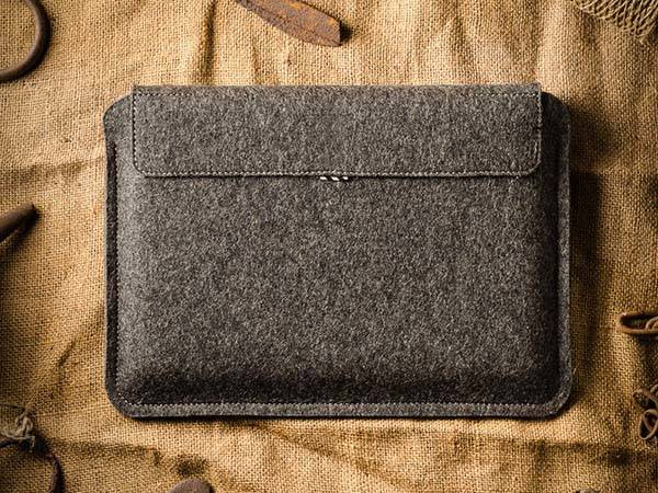 CrazyHorseCraft Handmade iPad Pro Leather Sleeve with Apple Pencil Holder