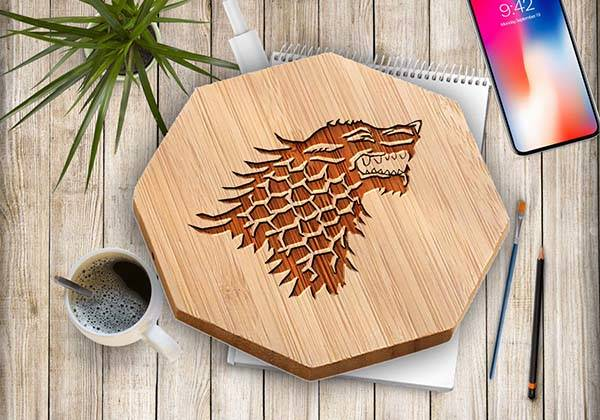 handmade_game_of_thrones_qi_wireless_charger_1.jpg