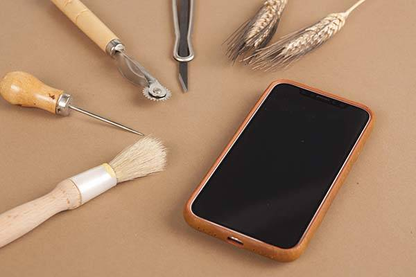 The Handmade iPhone X Leather Case