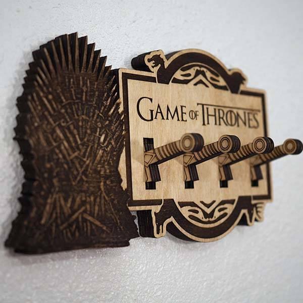 Handmade Wooden Game Of Thrones Key Holder Gadgetsin