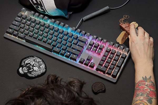 Mionix Wei RGB Mechanical Keyboard