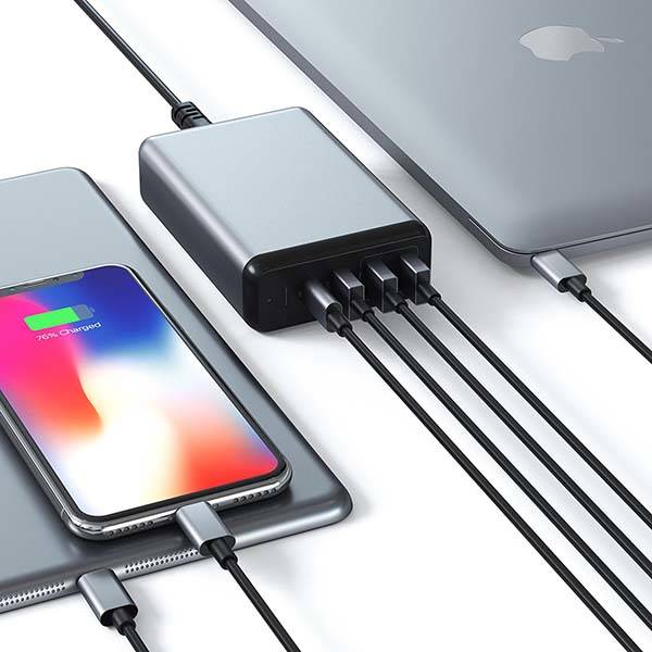 Satechi USB-C Travel Charger Supports Quick Charge 3.0