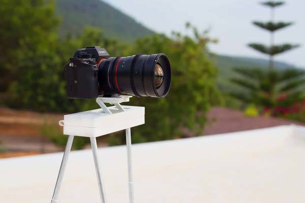 Vixari Portable Tripod with Bluetooth Remote Shutter for