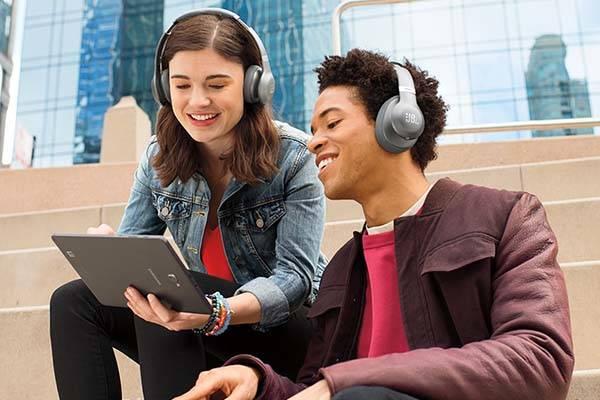 JBL Everest 310 Bluetooth Wireless Headphones