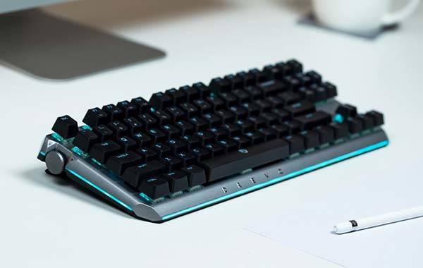 Drevo BladeMaster Pro Wireless Mechanical Keyboard with Programmable Knob