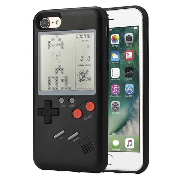 The Gameboy iPhone Case Lets You Enjoy Those Classic Games