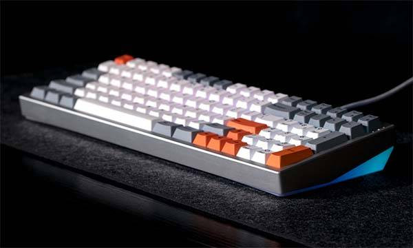 Kira Compact Full-Size Mechanical Keyboard