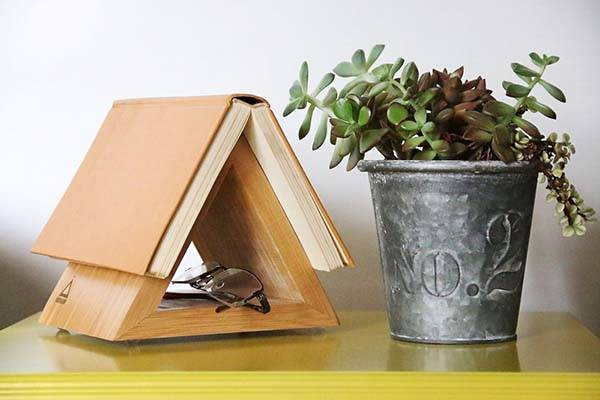 Nookmark Bookmark Bamboo Dock Designed for Books