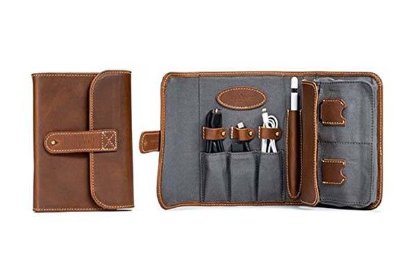 Leather Travel Accessories Uk