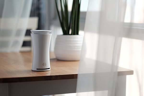 uHoo Smart Indoor Air Quality Monitor