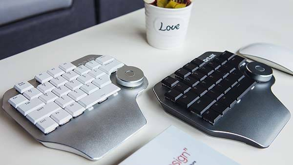 Delux Designer Mini Mechanical Keyboard with Customizable Keys and Dial