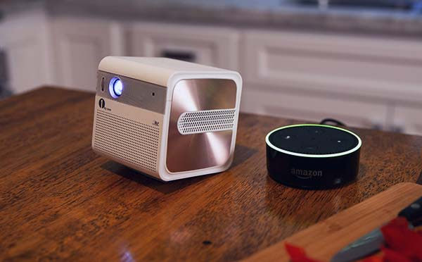 GoSho Mini HD Projector Supports 200-Inch Widescreen Display