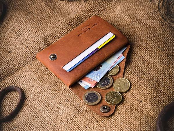 Handmade Customizable Minimalistic Leather Wallet