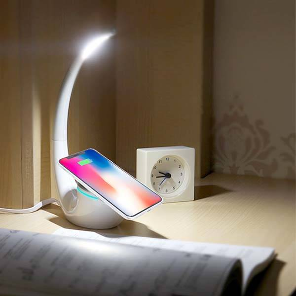 Nillkin Phantom LED Desk Lamp with Qi Wireless Charging Pad