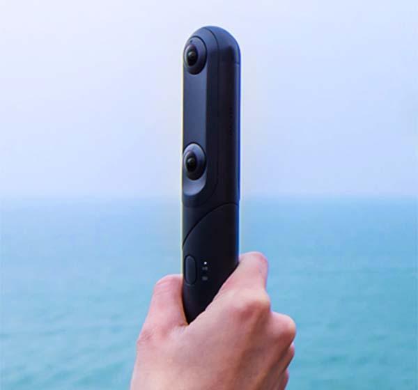 QooCam Mini 4K 360-Degree and 3D Camera